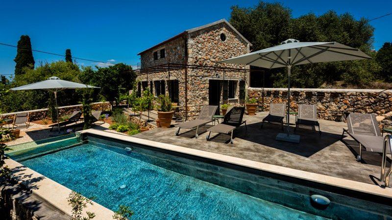 Impressive house for sale in Kefalonia