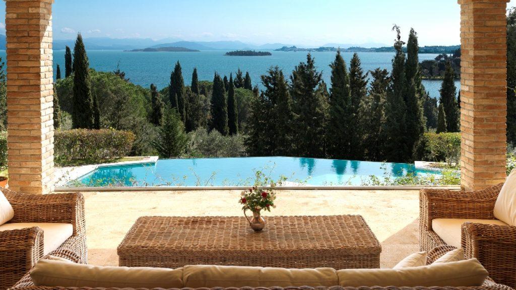 Villa con vistas al mar en Corfú