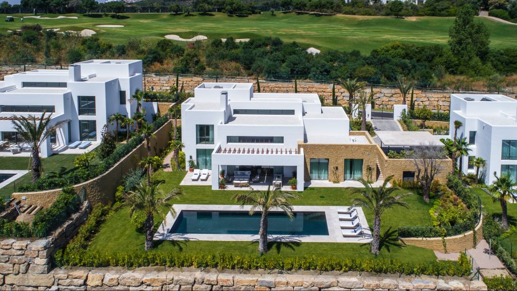 Luxury villa in Green 10, Finca Cortesin