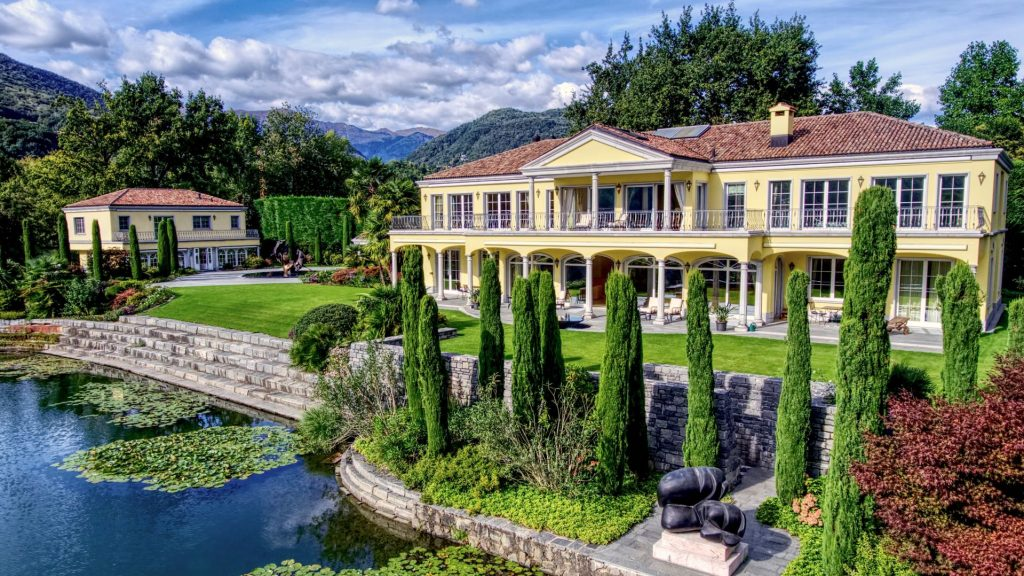 Luxury villa in Ticino