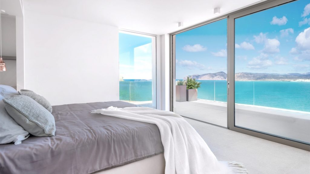 Bedroom with sea views - house for sale in Santa Ponsa, Mallorca