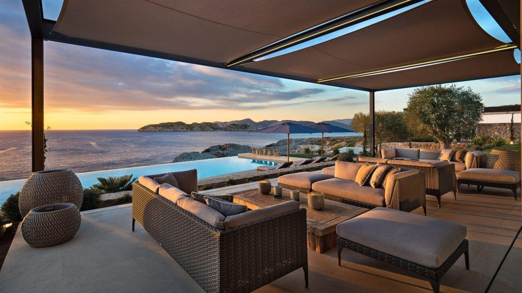 Luxury villa with sea views for sale in Cap Adriano, Mallorca