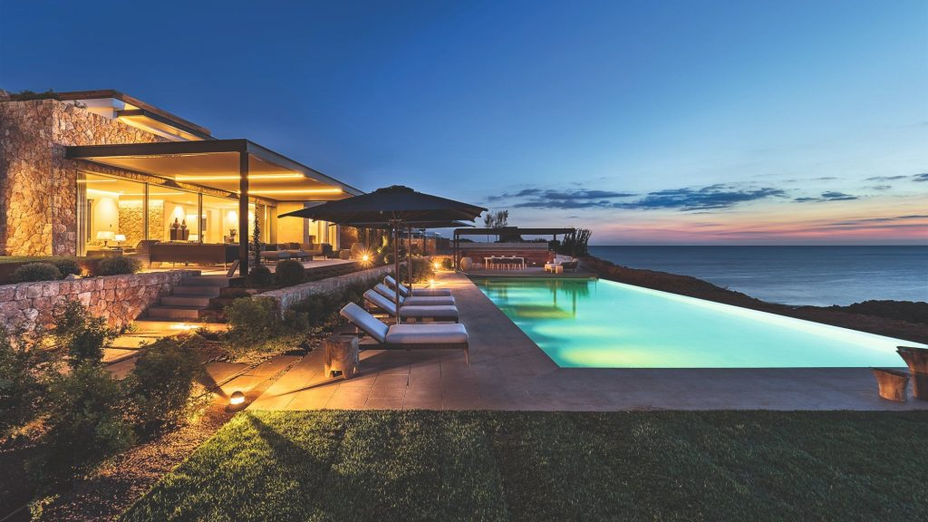 Luxury villa for sale in Cap Adriano, Mallorca