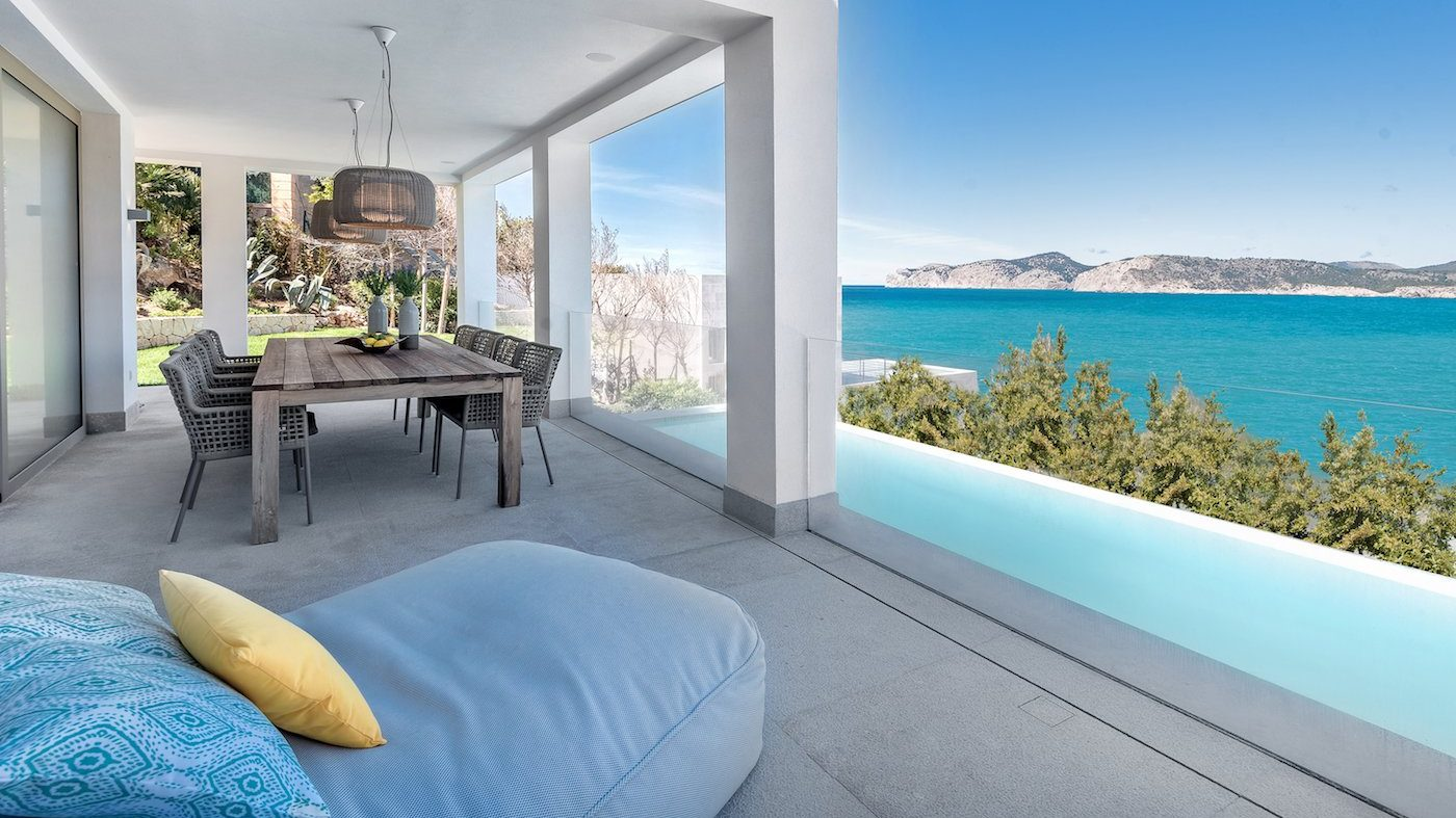 Villa with sea views for a different Christmas