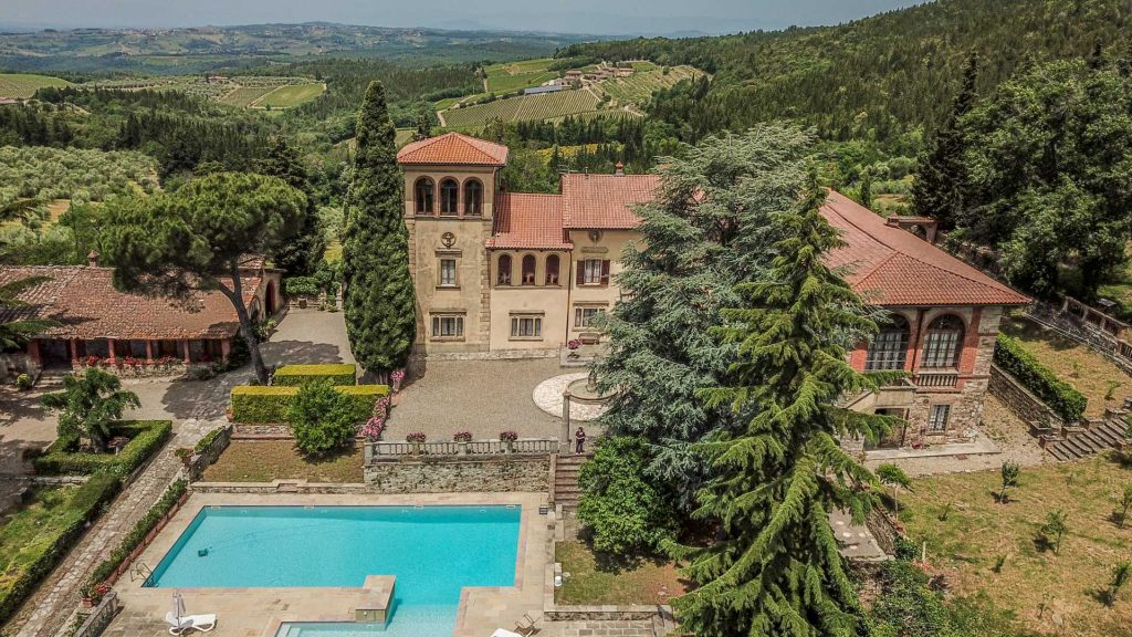 Wine estate in Castellina - Rural home in the Tuscany