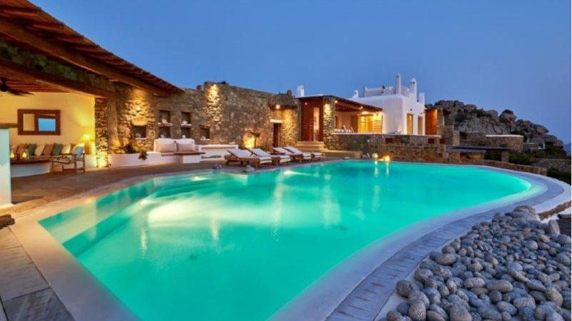Luxury house for sale in Mykonos, in the Greek Islands
