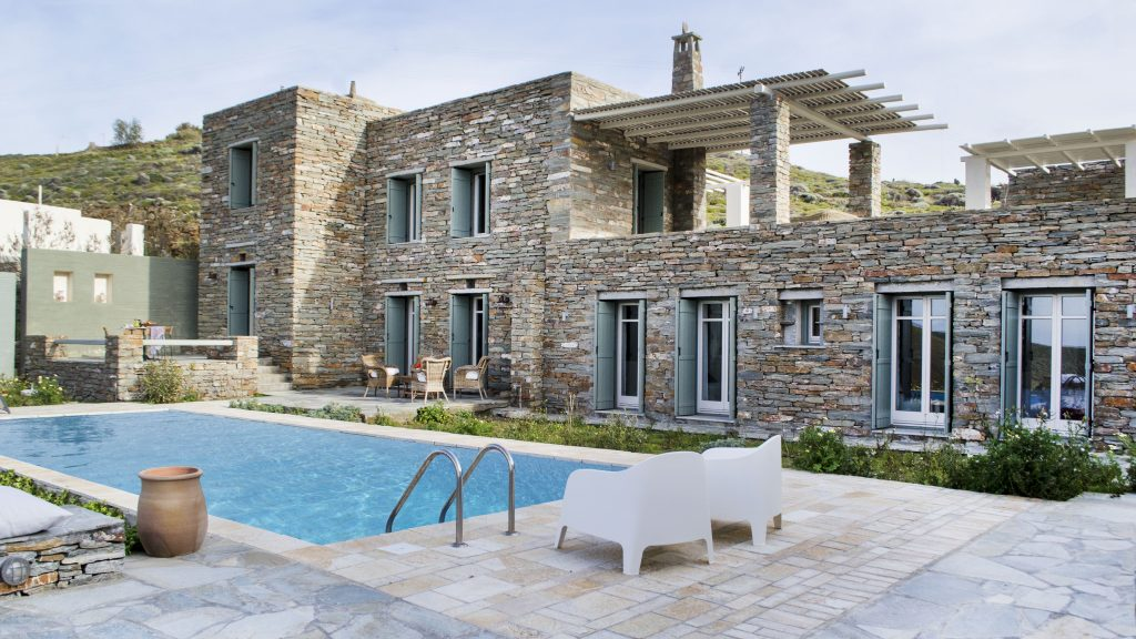 Rustic and modern house for sale in Kea, Greek Islands
