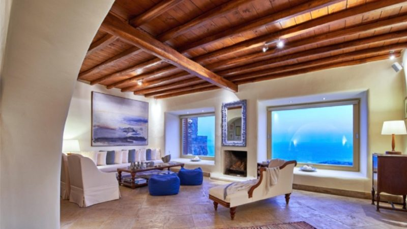 House with Mediterranean style finishings for sale in Mykonos