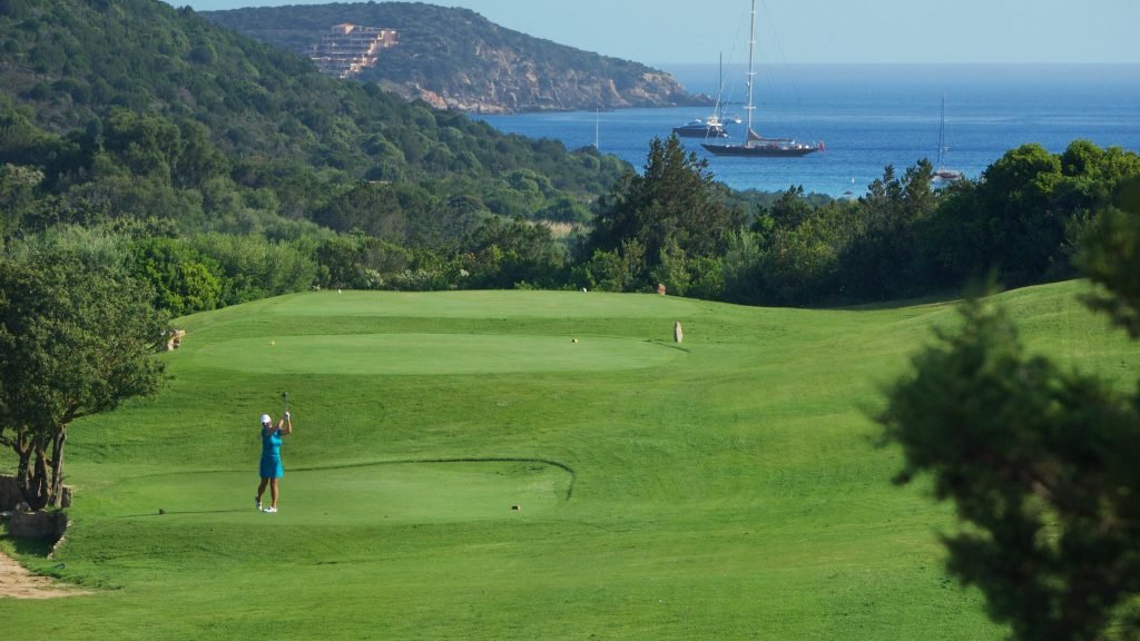 Vivir junto al Pevero Golf Club