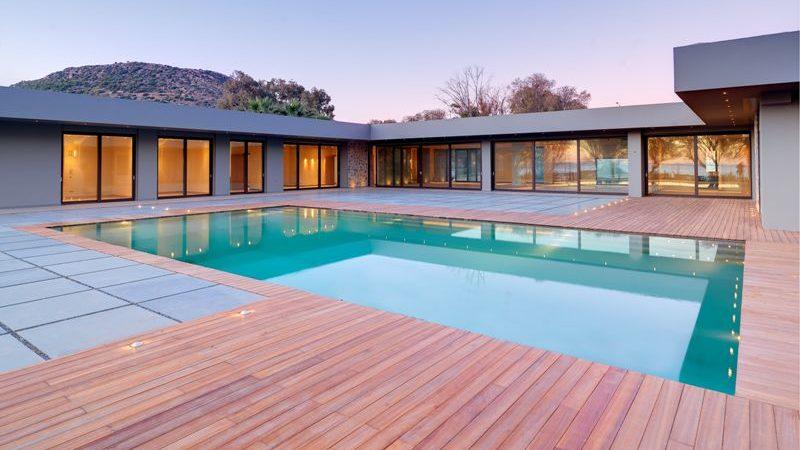 Impressive villa for sale in Attica