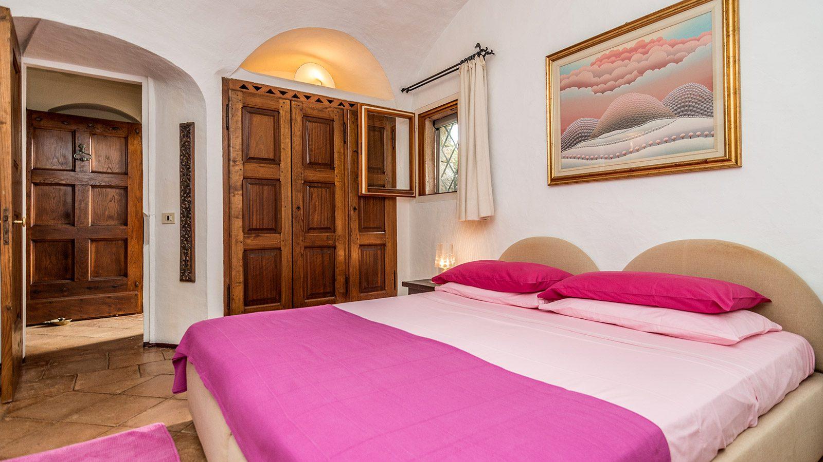 Nice bedroom in Villa Petra Manna