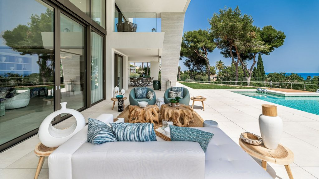 Luxury villa in Marbella's Golden Mile