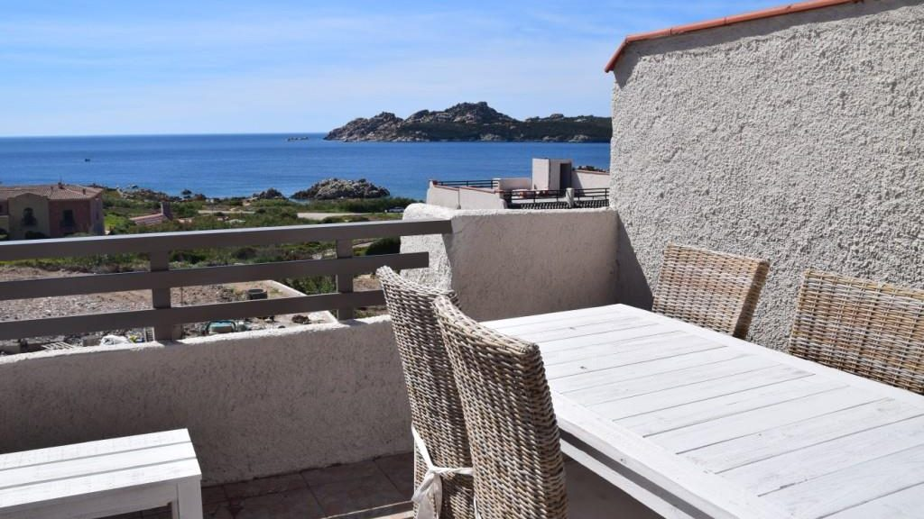 Tranquill terrace with sea views